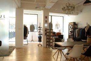 Design studio bespoke men's clothing